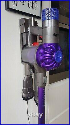 Dyson V6 Animal Cordless Vacuum Cleaner Full set