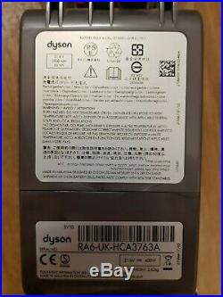 Dyson V8 Absolute Cordless Bagless Vaccum NO CHARGER
