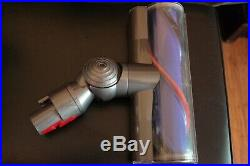 Dyson V8 Absoulute (SV10) Cordless Handheld Stick Vacuum With Accessories