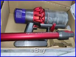 Dyson v10 motorhead Vacuum Cleaner read! K23